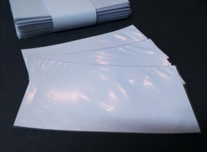 Envelope de plástico